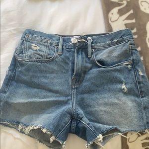 Frame shorts